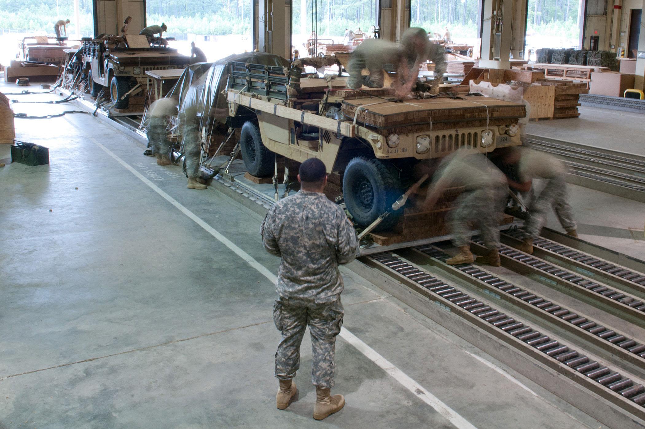 Army Names 1st Set of Awardees on $23B Logistics Vehicle