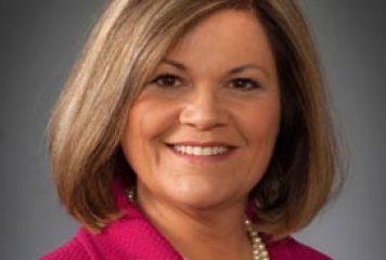 Raytheon CIO Rebecca Rhoads to Receive IT Management Award