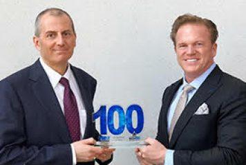 Jim Garrettson, CEO of Executive Mosaic, Presents Craig Abod, President of Carahsoft, His Fifth Wash100 Award