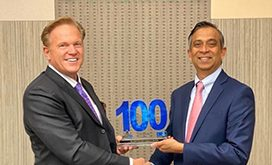 pv-puvvada-president-of-unisys-federal-receives-sixth-wash100-award-from-jim-garrettson-ceo-of-executive-mosaic