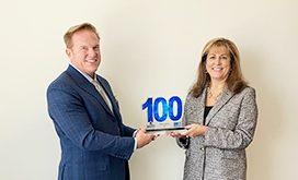 Executive Mosaic CEO Jim Garrettson Presents SAIC CEO Nazzic Keene 2020 Wash100 Award
