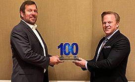 Anthony Robbins Receives 2020 Wash100 Award From Jim Garrettson
