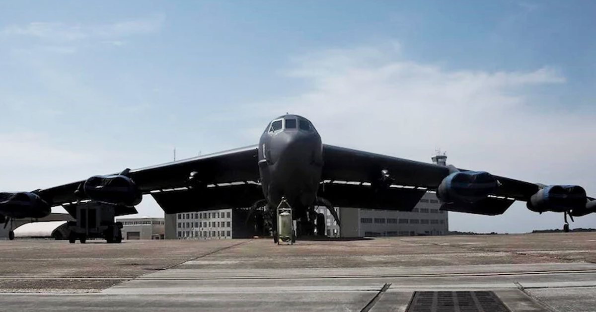 Rolls-Royce Wins $2.6B Air Force Contract to Replace B-52H Bomber Engines